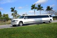White Navigator Limo Fort Lauderdale