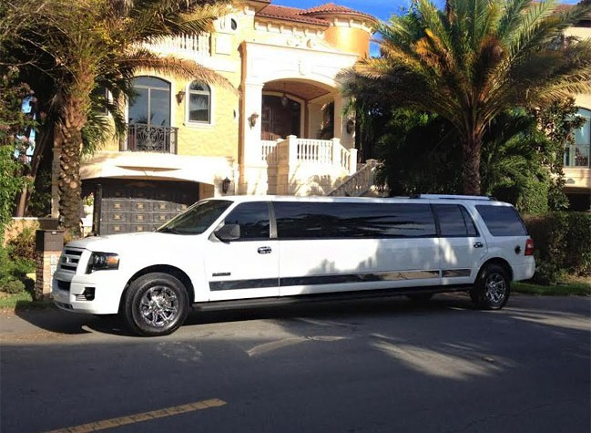 fll-white-limo-649x475