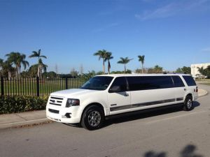 rent-ft-lauderdale-white-limousine